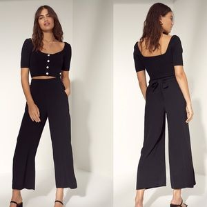 Aritzia Wilfred faun tie waist wide leg crop pants